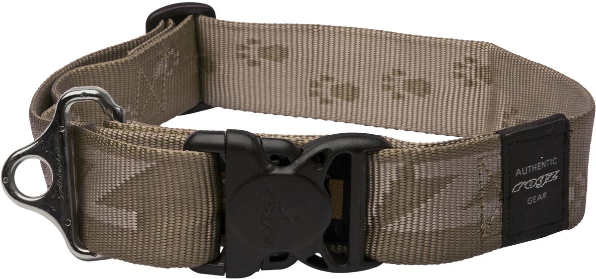 Ошейник для собак Rogz Alpinist, цвет: золотистый, ширина 4 см. Размер XXLHB01BJОшейник для собак Rogz Alpinist представляет собой мягкую нейлоновую ленту, которая обладает высокой прочностью. Особое плетение полотна способствует увеличению уровня прочности и защиты. Специальная конструкция пряжки Rog Loc - очень крепкая (система Fort Knox). Замок может быть расстегнут только рукой человека. Технология распределения нагрузки позволяет снизить нагрузку на пряжки, изготовленные из титанового пластика, с помощью правильного и разумного расположения грузовых колец.Особые контурные пластиковые компоненты. Специальная округлая форма конструкции позволяет ошейнику комфортно облегать шею собаки.Выполненные специально по заказу Rogz литые кольца гальванически хромированы, что позволяет избежать коррозии и потускнения изделия.