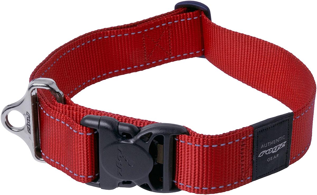 Ошейник для собак Rogz Utility, цвет: красный, ширина 4 см. Размер XXLHB19CОшейник для собак Rogz Utility  со светоотражающей нитью, вплетенной в нейлоновую ленту, обеспечивает лучшую видимость собаки в темное время суток. Специальная конструкция пряжки Rog Loc - очень крепкая (система Fort Knox). Замок может быть расстегнут только рукой человека. Технология распределения нагрузки позволяет снизить нагрузку на пряжки, изготовленные из титанового пластика, с помощью правильного и разумного расположения грузовых колец.Особые контурные пластиковые компоненты. Специальная округлая форма конструкции позволяет ошейнику комфортно облегать шею собаки.Выполненные специально по заказу Rogz литые кольца гальванически хромированы, что позволяет избежать коррозии и потускнения изделия.
