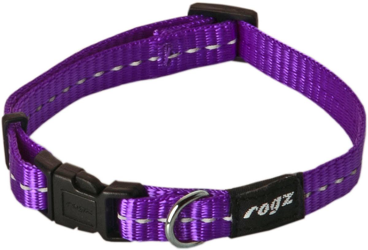 Ошейник для собак Rogz Utility, цвет: фиолетовый, ширина 1,1 см. Размер SHB14EОшейник для собак Rogz Utility  со светоотражающей нитью, вплетенной в нейлоновую ленту, обеспечивает лучшую видимость собаки в темное время суток. Специальная конструкция пряжки Rog Loc - очень крепкая (система Fort Knox). Замок может быть расстегнут только рукой человека. Технология распределения нагрузки позволяет снизить нагрузку на пряжки, изготовленные из титанового пластика, с помощью правильного и разумного расположения грузовых колец.Особые контурные пластиковые компоненты. Специальная округлая форма конструкции позволяет ошейнику комфортно облегать шею собаки.Выполненные специально по заказу Rogz литые кольца гальванически хромированы, что позволяет избежать коррозии и потускнения изделия.
