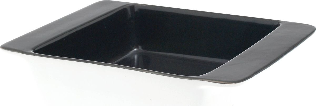 Форма для выпечки Salt&Pepper Soho, 16 х 16 х 5 смBAM33884Прямоугольная форма для выпечки Salt&Pepper Soho выполнена из фарфора. Контрастный и минималистичный дизайн, практичность - вот квинтэссенция стиля на кухне.Размер: 16 см х 16 см х 5 см.