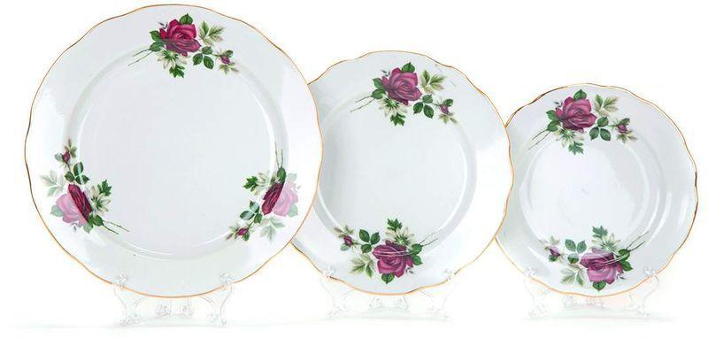 Набор тарелок Дулевский Фарфор Черная роза, 18 шт011632Набор Дулевский фарфор Черная роза состоит из 18 тарелок разного диаметра - 6 закусочных тарелок, 6 десертных тарелок и 6обеденных тарелок. Изделия выполнены из минерального, экологически чистого сырья - фарфора, покрытоговысококачественной глазурью. Тарелки с вырезным краем отличаются невероятной красотой.Такой набор станет изысканным украшением стола. Качество исполнения и роскошный дизайн сделают егозамечательным подарком. Завод Дулевский фарфор основан в 1832 году и является крупнейшим фарфоровым предприятием в России.Продукция завода является украшением многих музеев и пользуется спросом у коллекционеров всего мира. Предприятие отличает огромный исторический опыт, широкая география поставок, разнообразие производимогофарфора. Диаметр десертной тарелки: 17,5 см. Диаметр закусочной тарелки: 20 см. Диаметр обеденной тарелки: 24 см.