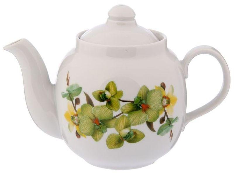 Чайник заварочный Дулевский Фарфор Янтарь. Орхидея зеленая, 700 мл040902Фарфоровая посуда считается классикой, ведь никакое время для нее не властно. Впервые появившись в Китае, фарфор присутствовал в домахбогатых людей и являлся драгоценным подарком для любого европейца. Фарфор ценили на вес золота, и это неудивительно, ведь его качество инеобыкновенные свойства славились на весь мир. Так, например, чайники из фарфора - это настоящая находка для ценителей чайной ароматной церемонии. Благодаря своим свойствам, фарфорспособен удерживать тепло напитка продолжительное время. Заварочный чайник Янтарь. Орхидея зеленая имеет довольно простой рисунок на белоснежном фарфоре, который несомненно, привлечет Вашевнимание. Фарфор производства Дулевский Фарфор имеет высокую термическую и механическую стойкость, благородный внешний вид. Чайник заварочный Дулевский Фарфор Янтарь. Орхидея зеленая станет прекрасным украшением сервировочного стола. Чай из такогоизделия будет невероятно ароматным и вкусным.