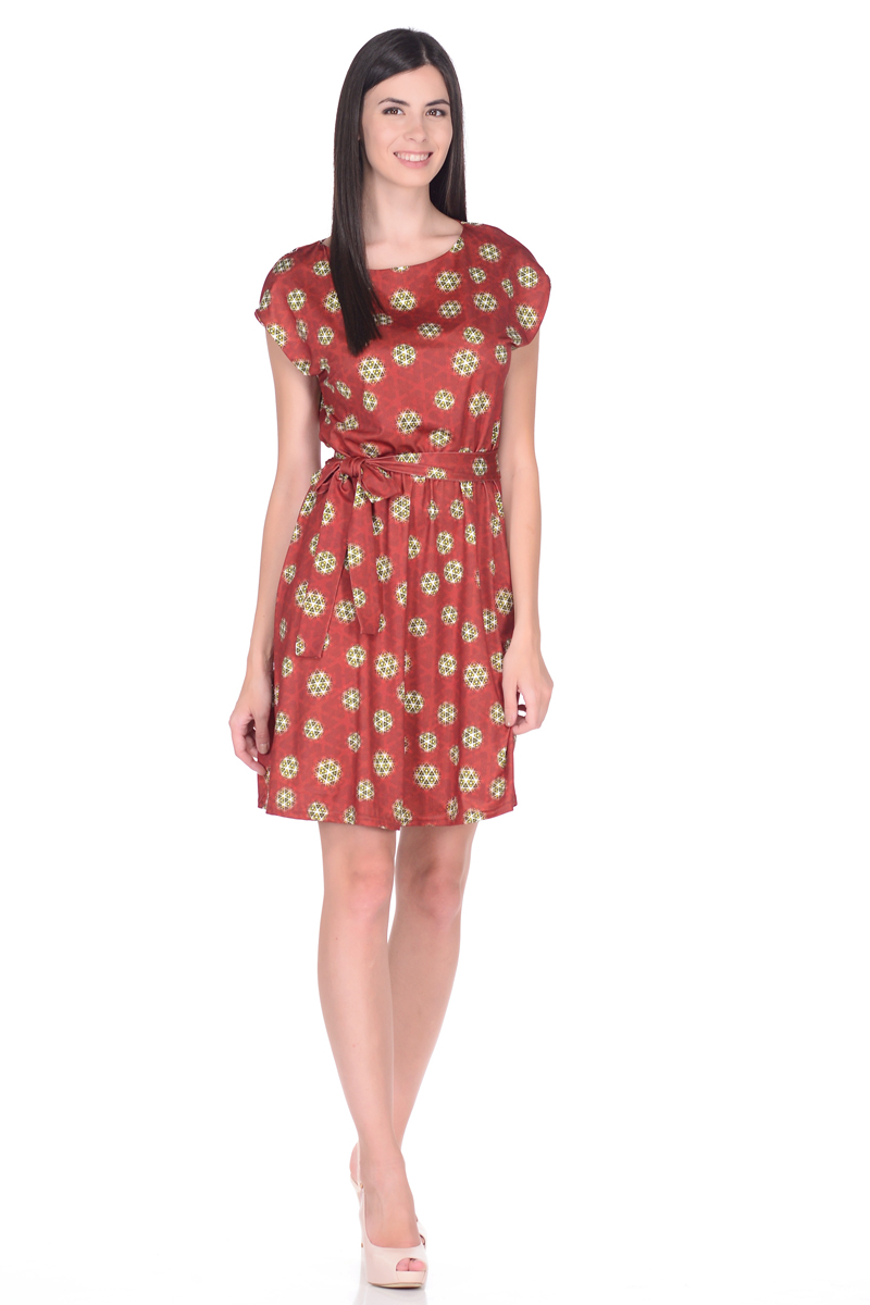 Платье EseMos, цвет: терракотовый, зеленый. 102. Размер 42102Легкое платье EseMos изготовлено из струящегося материала в изысканной современной расцветке. Женственный силуэт без рукавов, изящно присобран по талии на мягкую резиночку, образуя красивую драпировку. Талию подчеркивает пояс-завязка, придает изюминку, делая образ совершенным. Модель превосходно садится по фигуре, скрывая возможные несовершенства, подчеркивает достоинства, дарит ощущения легкости и комфорта.