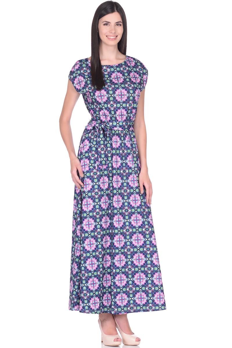 Платье EseMos, цвет: черный, зеленый, розовый. 103. Размер 42103Великолепное платье EseMos в пол, изготовленное из струящегося материала масло в изысканной современной расцветке. Женственный силуэт без рукавов, изящно присобран по талии на мягкую резинку, образуя плавные ниспадающие складки по юбке-макси. Талию подчеркивает пояс-завязка, придает свою изюминку, делая образ совершенным. Платье в пол популярно в этом сезоне. Модель превосходно садится, красиво обрисовывая фигуру, визуально корректирует силуэт, делая образ более стройным и привлекательным.