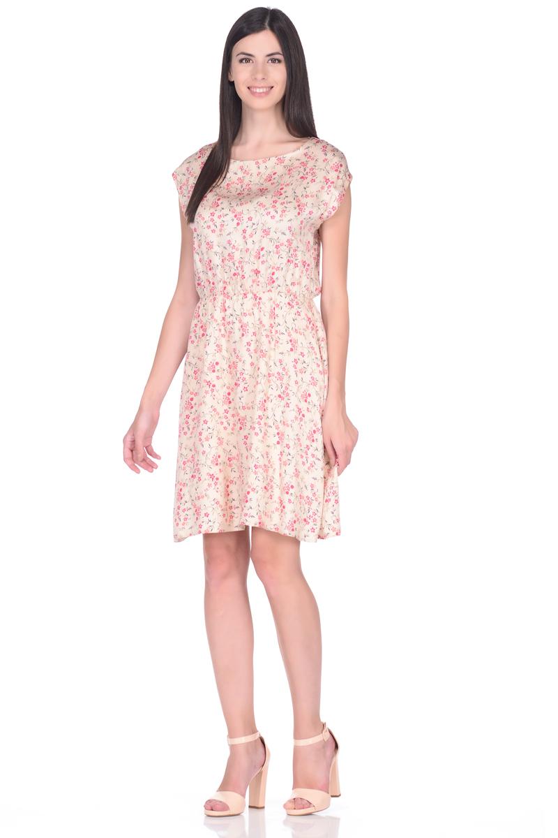 Платье EseMos, цвет: светло-бежевый, коралловый. 106. Размер 44106Легкое платье EseMos, изготовленное из струящейся ткани, выполнено в изысканной современной расцветке. Женственный силуэт без рукавов, изящно присобран по талии на мягкую резиночку, образуя красивую драпировку. Спущенная пройма лишь слегка прикрывает плечи. Платье имеет подьюбник, который помогает держать форму, не утяжеляя при этом платье. Модель превосходно садится по фигуре, скрывая возможные несовершенства, подчеркивает достоинства, дарит ощущения легкости и комфорта.