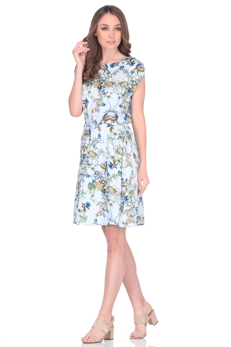 Платье EseMos, цвет: голубой, зеленый, желтый. 106. Размер 50106Легкое платье EseMos, изготовленное из струящейся ткани, выполнено в изысканной современной расцветке. Женственный силуэт без рукавов, изящно присобран по талии на мягкую резиночку, образуя красивую драпировку. Спущенная пройма лишь слегка прикрывает плечи. Платье имеет подьюбник, который помогает держать форму, не утяжеляя при этом платье. Модель превосходно садится по фигуре, скрывая возможные несовершенства, подчеркивает достоинства, дарит ощущения легкости и комфорта.