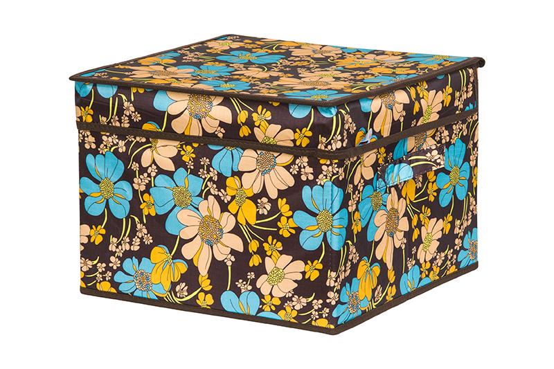 Кофр для хранения вещей EL Casa Ромашковое поле, складной, 32 х 32 х 24 см840334Кофр для хранения представляет собой закрывающуюся крышкой коробку жесткой конструкции, благодаря наличию внутри плотных листов картона. Специально предназначен для защиты Вашей одежды от воздействия негативных внешних факторов: влаги и сырости, моли, выгорания, грязи. Благодаря оригинальному дизайну кофр будет гармонично смотреться в любом интерьере.