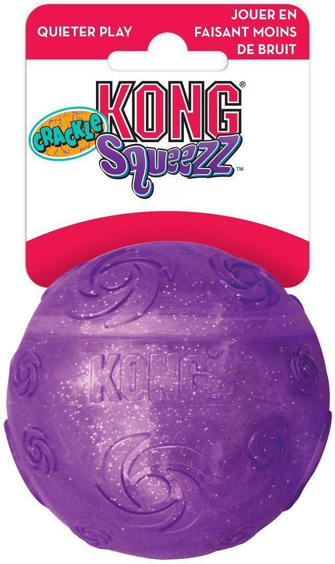 Игрушка для собак Kong Squezz Crackle, хрустящий мячик, цвет: фиолетовый, диаметр 7 смPCB1Игрушка для собак Kong Squezz Crackle, выполненная из пластичного материала, создает при сдавливании особый, привлекательный для собак трескучий звук. Идеально подходит как для спокойных игр, так и для игр в апорт в помещениях или на открытом воздухе. Игрушка имеет яркую окраску и отличается привлекательным блеском. Такая игрушка доставит огромную радость собакам и их заботливым владельцам. Диаметр: 7 см.