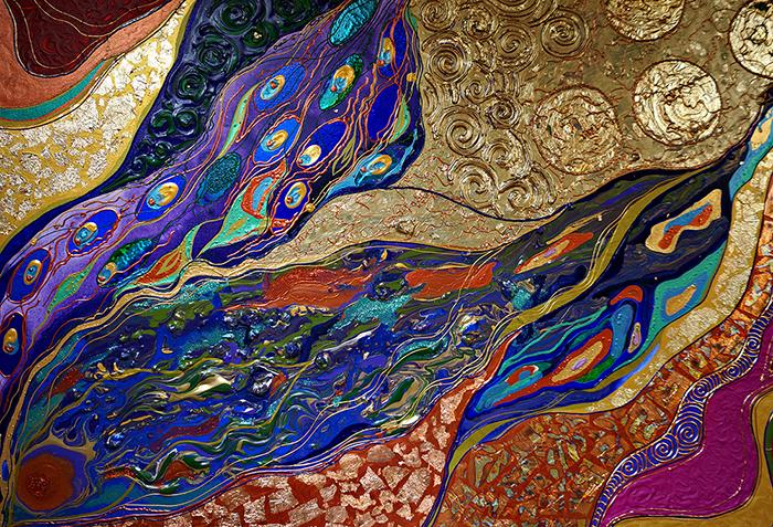Авторская картина Песнь лесной девы, 100 х 80 см. Художник Ирина Баст. КАПЛДКАПЛДПеснь о золотом солнце, зеленой листве и прекрасных цветах, что распускаются в зачарованном лесу, о магических существах, что прячутся в деревьях… Картина выглядит по-разному в разное время суток. Более насыщенная днем, она переносит нас в лес на закате с ароматом листвы, заходящим солнцем.Вечером же картина оживает, просыпается волшебство. Картина начинает светиться, и это похоже на магию. Происходящее волшебно и чарующе.Материалы: холст на подрамнике, акрил, блеск, акриловый контур, золотая поталь, медная поталь, разноцветные контуры с блеском, сыпучие блестки, жидкий золотой и медный блеск, рельефная паста