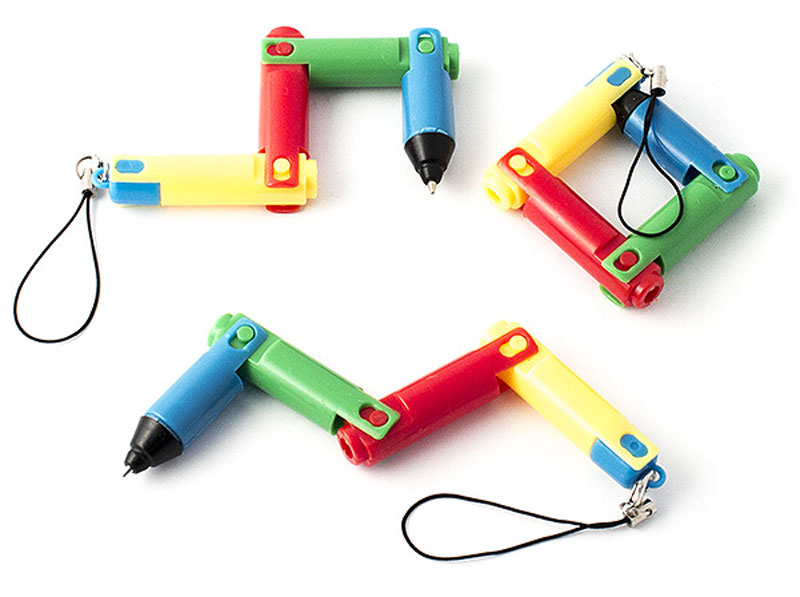 Эврика Набор шариковых ручек Конструктор 3 шт97480В набор входят три складные шариковые ручки с несменяемым стержнем. Каждая ручка имеет четыре колена сложения и карабин-подвеску для крепления на сумке или брелоке.