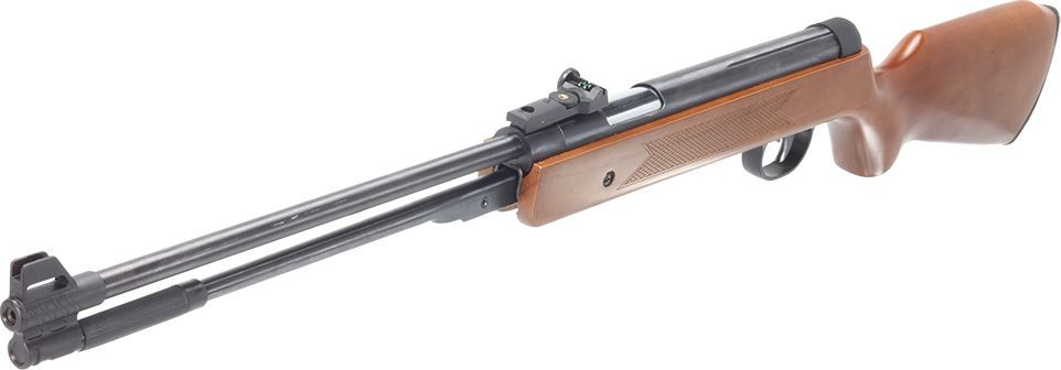 Пневматическая винтовка Strike One B00823244Однозарядная винтовка, взвод подствольным рычагом, калибр 4,5 мм, длина ствола 440 мм, предохранитель, прицельное приспособление типа TRUGLO, ширина планки ласточкин хвост 11 мм.Однозарядная пневматическая винтовка Strike One B008 имеет неподвижный ствол и заряжается с помощью подствольного рычага. Приклад винтовки выполнен из дерева, с резиновым затыльником для компенсации отдачи. Стальной 44-сантиметровый ствол с 12 полями нарезки (максимально возможное количество) обеспечит высокую кучность и точность стрельбы на дистанциях до 10 метров. Винтовка Strike One B008 оборудована предохранителем, исключающим случайный выстрел при взводе. Мушка и целик (открытое прицельное приспособление типа TRUGLO) оснащены специальными фиброоптическими нитями, которые повышают качественный уровень стрельбы. Для установки оптических прицелов на винтовке имеется планка шириной 11 мм (длина 11 см) со скругленным профилем.Ударно-спусковой механизм(УСМ), манжета и ствол винтовки Strike One B008 обладают повышенным ресурсом, поскольку изначально изготовлены под зарубежный стандарт 7 Дж, но приведены по российским законодательным требованиям к 3 Дж, как конструктивно-сходное с оружием изделие путем ослабления основной пружины поршня заводом-производителем. Примечание: Для стрельбы на дальних дистанциях (при использовании мощной пневматики) рекомендуется использование оптических прицелов Veber Пневматика, выдерживающих двойную отдачу и дульную энергию до 25 Дж. Особенности калибр 4,5 мм взводится подствольным рычагом предохранитель скорость пули до 130 м/с дульная энергия до 3 Дж (пуля весом 0,5 г) стальной нарезной ствол прицельная планка и мушка с фибергласовыми нитями деревянный приклад с резиновым затыльником планка ласточкин хвост 11мм комплектуется кофром Комплектация однозарядная пневматическая винтовка Strike One сумка для переноски запасная манжета инструкция и гарантийный талон Технические характеристики Калибр, мм 4,5 Тип Пружинно-поршне