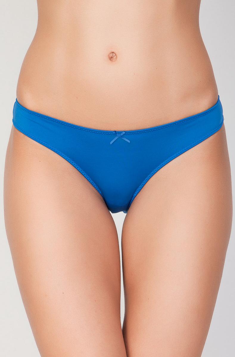 Трусы-слипы женские Vis-A-Vis, цвет: ярко-голубой. DS0589. Размер M (46)DS0589Однотонные женские трусы-слипы Vis-A-Vis, изготовленные из эластичного полиамида, выполнены в лаконичном дизайне. Модель оформлена спереди милым бантиком, края обработаны зигзагообразной прострочкой.