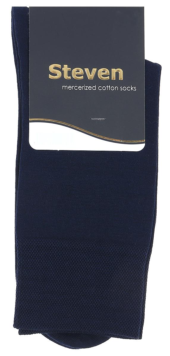 Носки мужские Steven, цвет: темно-синий. 087 (AB5). Размер 41/43087 (AB5)Носки Steven изготовлены из качественного материала на основе хлопка. Модель имеет мягкую эластичную резинку. Носки хорошо держат форму и обладают повышенной воздухопроницаемостью.