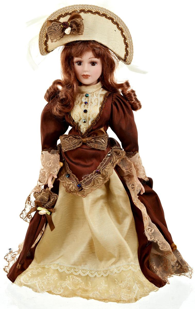 """Великолепная кукла """"Вера"""", выполненная из фарфора, займет достойное место в вашей коллекции.  Кукла максимально приближена к живому прототипу - юной леди с румянцем на щеках. Туловище куклы мягконабивное. Наряжена кукла в шикарное платье, выполненное из атласа, кружева и органзы. Для более удобного расположения куклы в интерьере прилагается удобная подставка."""