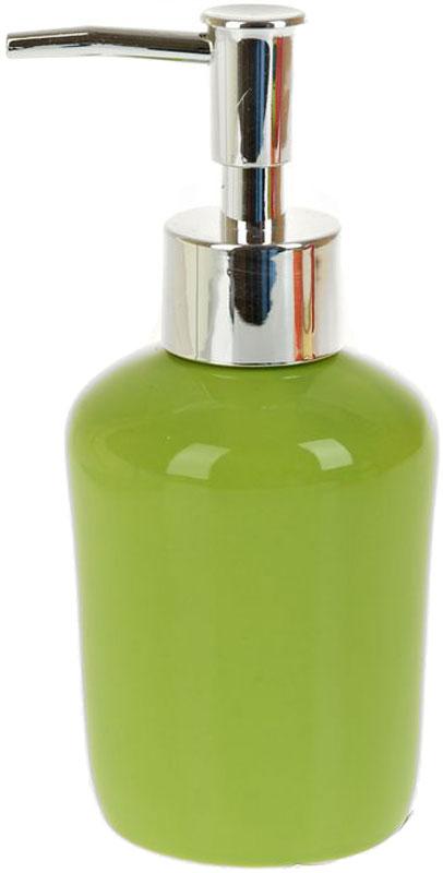 Диспенсер для жидкого мыла White Clean Green, 200 мл8290030Диспенсер для жидкого мыла White Clean Green имеет емкость из прочной глазурованной керамики. Металлический дозатор позволяет легко выдавливать нужное количество жидкого мыла. Изделие красиво дополнит интерьер ванной комнаты и создаст особую атмосферу уюта и комфорта.