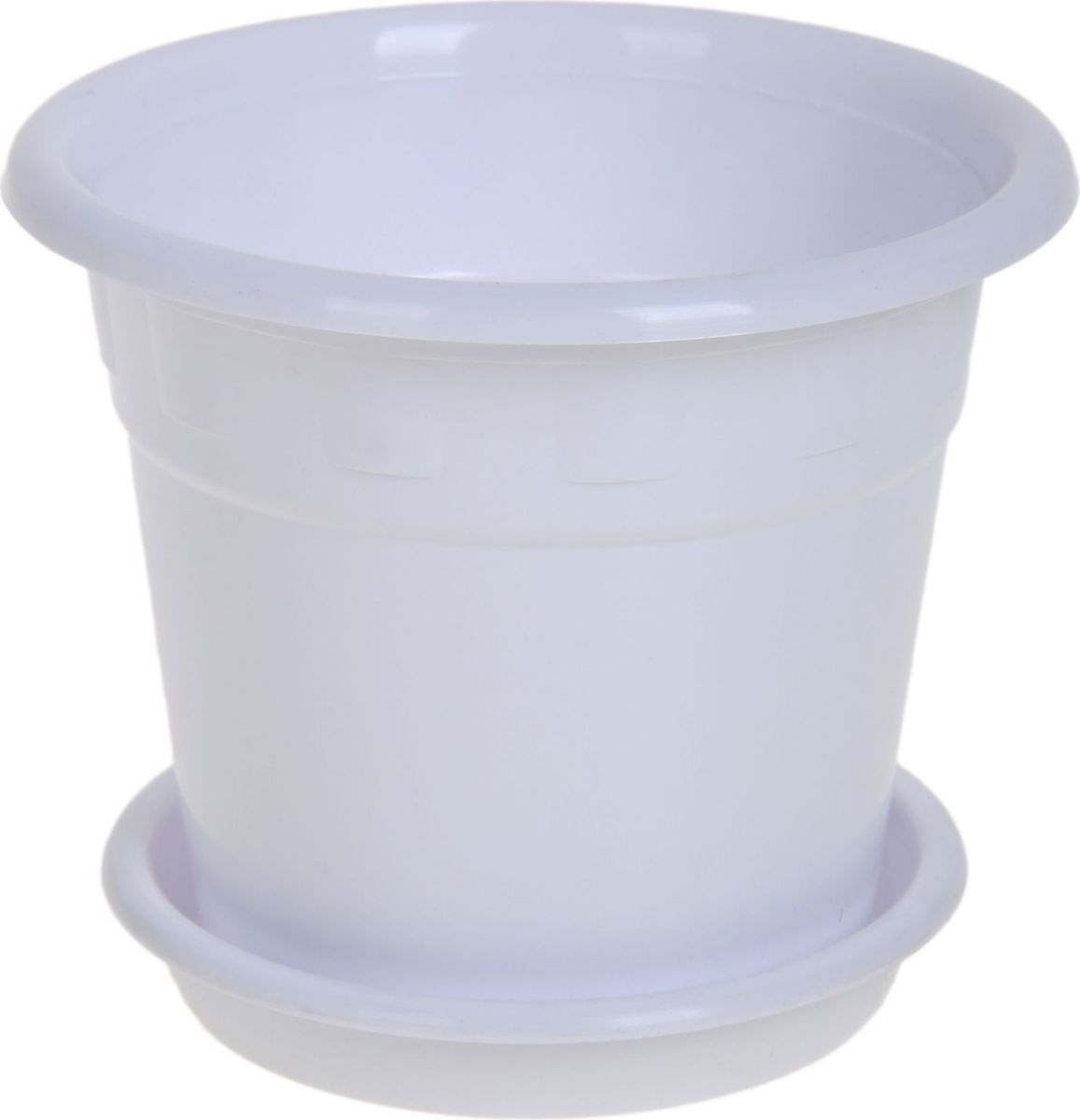 """Горшок для цветов """"Пластик"""" обладает малым весом и высокой прочностью. С лёгкостью переносите горшки и кашпо с места на место, ставьте их на столики или полки, подвешивайте под потолок, не беспокоясь о нагрузке. Пластиковые изделия не нуждаются в специальных условиях хранения. Их легко чистить - достаточно просто сполоснуть тёплой водой.   Пластиковые кашпо не царапают и не загрязняют поверхности, на которых стоят. Пластик дольше хранит влагу, а значит растение реже нуждается в поливе. Пластмасса не пропускает воздух, а значит, корневой системе растения не грозят резкие перепады температур.  Соблюдая нехитрые правила ухода, вы можете заметно продлить срок службы горшков, вазонов и кашпо из пластика: - всегда учитывайте размер кроны и корневой системы растения (при разрастании большое растение способно повредить маленький горшок).  - берегите изделие от воздействия прямых солнечных лучей, чтобы кашпо и горшки не выцветали.  - держите кашпо и горшки из пластика подальше от нагревающихся поверхностей.  Любой, даже самый современный и продуманный интерьер будет не завершённым без растений. Они не только очищают воздух и насыщают его кислородом, но и заметно украшают окружающее пространство. Такому полезному члену семьи просто необходимо красивое и функциональное кашпо, оригинальный горшок или необычная ваза!"""