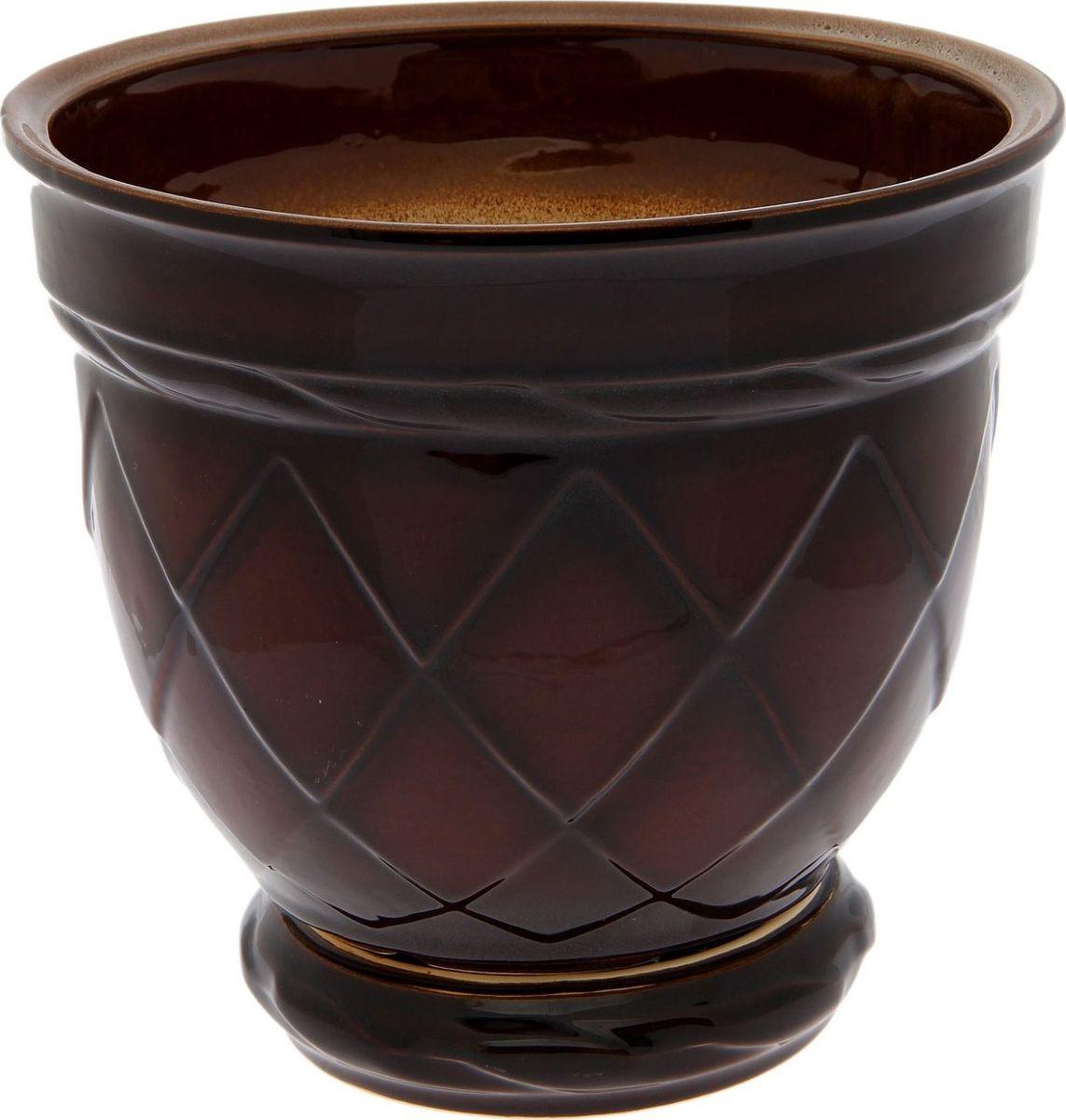 Кашпо Ромб, цвет: коричневый, 4 л1210268Комнатные растения — всеобщие любимцы. Они радуют глаз, насыщают помещение кислородом и украшают пространство. Каждому из них необходим свой удобный и красивый дом. Кашпо из керамики прекрасно подходят для высадки растений: за счет пластичности глины и разных способов обработки существует великое множество форм и дизайнов пористый материал позволяет испаряться лишней влаге воздух, необходимый для дыхания корней, проникает сквозь керамические стенки! позаботится о зеленом питомце, освежит интерьер и подчеркнет его стиль.