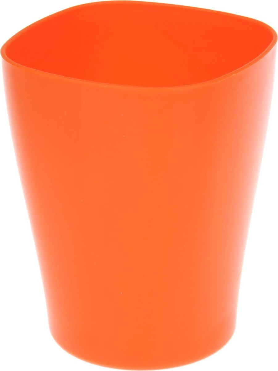 Кашпо JetPlast Ирис, цвет: оранжевый, 2 л1295367Любой, даже самый современный и продуманный интерьер будет не завершённым без растений. Они не только очищают воздух и насыщают его кислородом, но и заметно украшают окружающее пространство. Такому полезному &laquo члену семьи&raquoпросто необходимо красивое и функциональное кашпо, оригинальный горшок или необычная ваза! Мы предлагаем - Кашпо 2 л Ирис, цвет оранжнвый!Оптимальный выбор материала &mdash &nbsp пластмасса! Почему мы так считаем? Малый вес. С лёгкостью переносите горшки и кашпо с места на место, ставьте их на столики или полки, подвешивайте под потолок, не беспокоясь о нагрузке. Простота ухода. Пластиковые изделия не нуждаются в специальных условиях хранения. Их&nbsp легко чистить &mdashдостаточно просто сполоснуть тёплой водой. Никаких царапин. Пластиковые кашпо не царапают и не загрязняют поверхности, на которых стоят. Пластик дольше хранит влагу, а значит &mdashрастение реже нуждается в поливе. Пластмасса не пропускает воздух &mdashкорневой системе растения не грозят резкие перепады температур. Огромный выбор форм, декора и расцветок &mdashвы без труда подберёте что-то, что идеально впишется в уже существующий интерьер.Соблюдая нехитрые правила ухода, вы можете заметно продлить срок службы горшков, вазонов и кашпо из пластика: всегда учитывайте размер кроны и корневой системы растения (при разрастании большое растение способно повредить маленький горшок)берегите изделие от воздействия прямых солнечных лучей, чтобы кашпо и горшки не выцветалидержите кашпо и горшки из пластика подальше от нагревающихся поверхностей.Создавайте прекрасные цветочные композиции, выращивайте рассаду или необычные растения, а низкие цены позволят вам не ограничивать себя в выборе.
