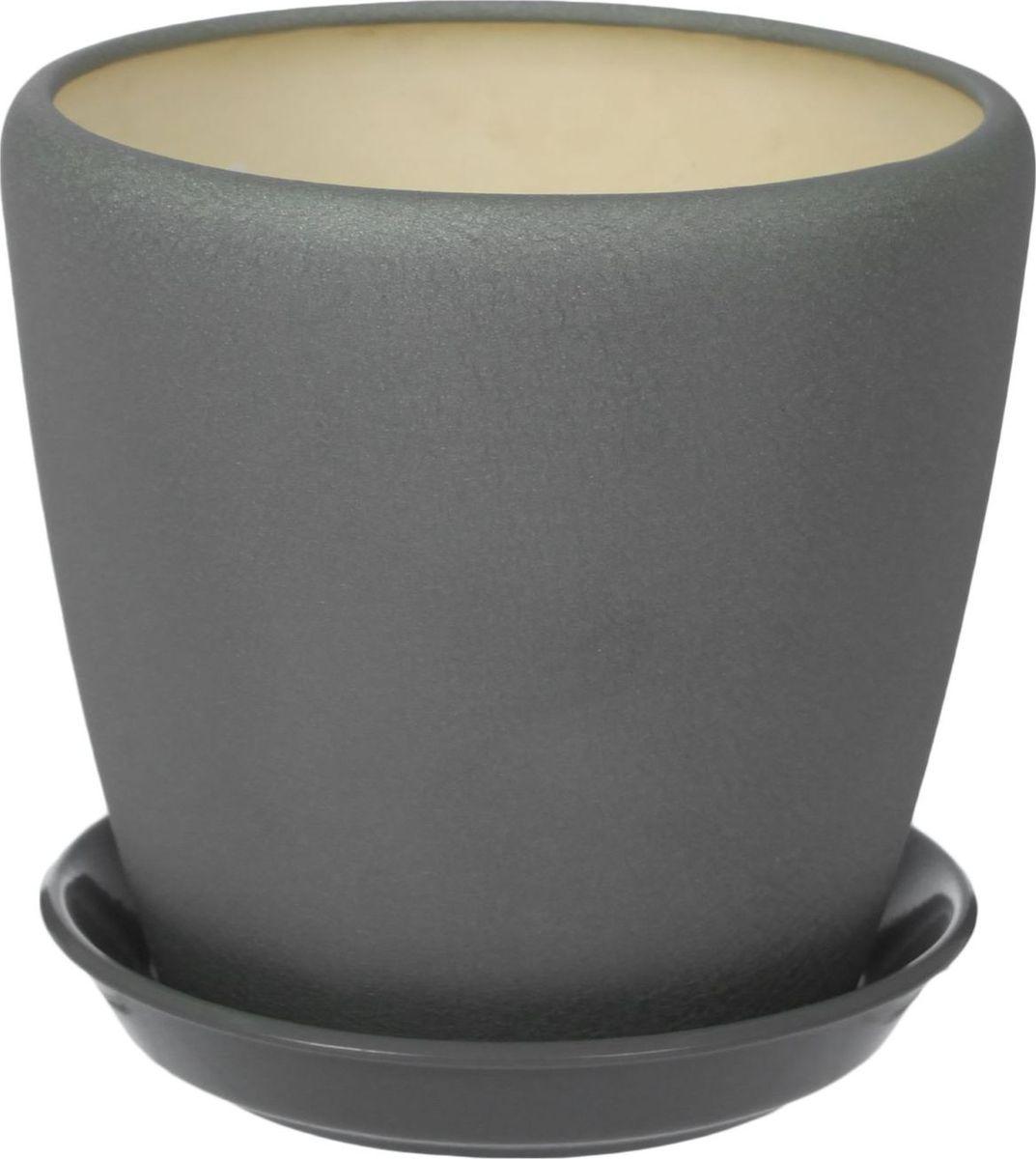 Кашпо Керамика ручной работы Грация, цвет: серебристый, 4,5 л1309272Комнатные растения — всеобщие любимцы. Они радуют глаз, насыщают помещение кислородом и украшают пространство. Каждому из них необходим свой удобный и красивый дом. Кашпо из керамики прекрасно подходят для высадки растений: за счет пластичности глины и разных способов обработки существует великое множество форм и дизайнов пористый материал позволяет испаряться лишней влаге воздух, необходимый для дыхания корней, проникает сквозь керамические стенки! позаботится о зеленом питомце, освежит интерьер и подчеркнет его стиль.