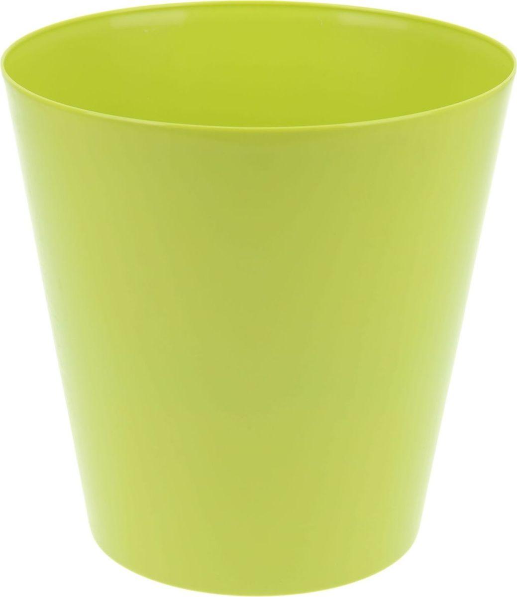 Кашпо Form plastic Вулкано, цвет: фисташковый, 19 х 19 х 19 см1324784Любой, даже самый современный и продуманный интерьер будет не завершённым без растений. Они не только очищают воздух и насыщают его кислородом, но и заметно украшают окружающее пространство. Такому полезному &laquo члену семьи&raquoпросто необходимо красивое и функциональное кашпо, оригинальный горшок или необычная ваза! Мы предлагаем - Кашпо 19 см Вулкано, цвет фисташковый!Оптимальный выбор материала &mdash &nbsp пластмасса! Почему мы так считаем? Малый вес. С лёгкостью переносите горшки и кашпо с места на место, ставьте их на столики или полки, подвешивайте под потолок, не беспокоясь о нагрузке. Простота ухода. Пластиковые изделия не нуждаются в специальных условиях хранения. Их&nbsp легко чистить &mdashдостаточно просто сполоснуть тёплой водой. Никаких царапин. Пластиковые кашпо не царапают и не загрязняют поверхности, на которых стоят. Пластик дольше хранит влагу, а значит &mdashрастение реже нуждается в поливе. Пластмасса не пропускает воздух &mdashкорневой системе растения не грозят резкие перепады температур. Огромный выбор форм, декора и расцветок &mdashвы без труда подберёте что-то, что идеально впишется в уже существующий интерьер.Соблюдая нехитрые правила ухода, вы можете заметно продлить срок службы горшков, вазонов и кашпо из пластика: всегда учитывайте размер кроны и корневой системы растения (при разрастании большое растение способно повредить маленький горшок)берегите изделие от воздействия прямых солнечных лучей, чтобы кашпо и горшки не выцветалидержите кашпо и горшки из пластика подальше от нагревающихся поверхностей.Создавайте прекрасные цветочные композиции, выращивайте рассаду или необычные растения, а низкие цены позволят вам не ограничивать себя в выборе.