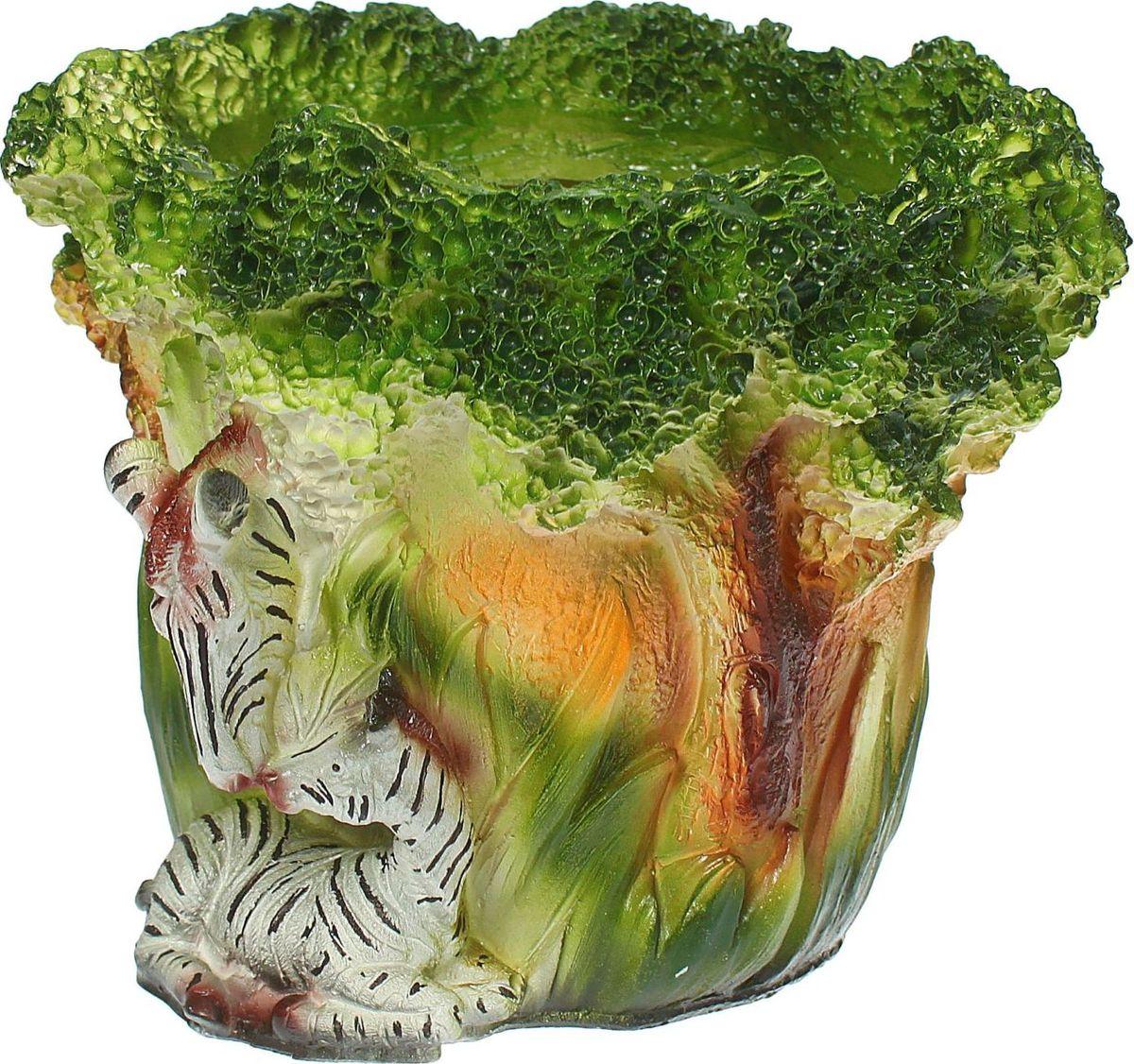Кашпо Две зебры, 21 х 20 х 17 см1333674Комнатные растения — всеобщие любимцы. Они радуют глаз, насыщают помещение кислородом и украшают пространство. Каждому из растений необходим свой удобный и красивый дом. Поселите зелёного питомца в яркое и оригинальное фигурное кашпо. Выберите подходящую форму для детской, спальни, гостиной, балкона, офиса или террасы. #name# позаботится о растении, украсит окружающее пространство и подчеркнёт его оригинальный стиль.