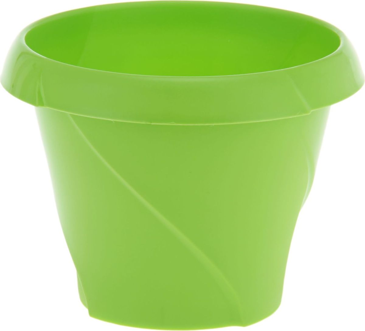 """Любой, даже самый современный и продуманный интерьер будет не завершенным без растений. Они не только очищают воздух и насыщают его кислородом, но и заметно украшают окружающее пространство. Такому полезному члену семьи просто необходимо красивое и функциональное кашпо, оригинальный горшок или необычная ваза! Мы предлагаем - Кашпо 1,4 л """"Флориана"""", d=17 см, цвет салатовый! Оптимальный выбор материала - это пластмасса! Почему мы так считаем? Малый вес. С легкостью переносите горшки и кашпо с места на место, ставьте их на столики или полки, подвешивайте под потолок, не беспокоясь о нагрузке. Простота ухода. Пластиковые изделия не нуждаются в специальных условиях хранения. Их легко чистить достаточно просто сполоснуть теплой водой. Никаких царапин. Пластиковые кашпо не царапают и не загрязняют поверхности, на которых стоят. Пластик дольше хранит влагу, а значит растение реже нуждается в поливе. Пластмасса не пропускает воздух корневой системе растения не грозят резкие перепады температур. Огромный выбор форм, декора и расцветок вы без труда подберете что-то, что идеально впишется в уже существующий интерьер. Соблюдая нехитрые правила ухода, вы можете заметно продлить срок службы горшков, вазонов и кашпо из пластика: всегда учитывайте размер кроны и корневой системы растения (при разрастании большое растение способно повредить маленький горшок) берегите изделие от воздействия прямых солнечных лучей, чтобы кашпо и горшки не выцветали держите кашпо и горшки из пластика подальше от нагревающихся поверхностей. Создавайте прекрасные цветочные композиции, выращивайте рассаду или необычные растения, а низкие цены позволят вам не ограничивать себя в выборе."""