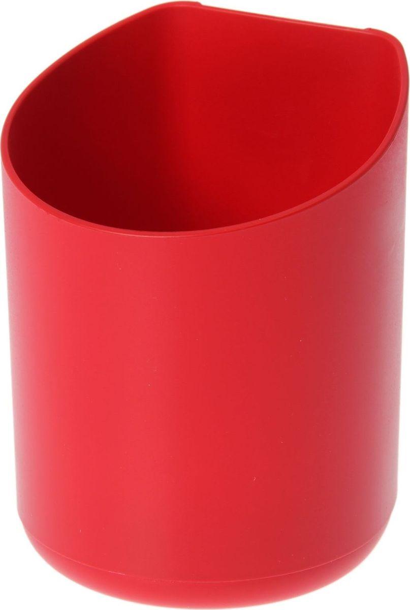 Кашпо WallGarden, для фитомодуля, цвет: красный, 8,9 х 8,9 х 9,5 см1495074Фитомодуль — новинка в области вертикального озеленения. Конструкция, как и сборка, предельно проста. Повесьте панель фитомодуля на стену, вставьте кашпо в специальные пазы и готово!Он экономит пространство, презентабельно выглядит и органично дополнит релакс-зону в офисе или дома. При желании вы легко измените композицию, перемещая кашпо или меняя цветы.Разместите в фитомодуле искусственные растения или создайте интерьерную композицию, используя, например, яркие карандаши, фломастеры, игрушки, на что хватит фантазии.Родители маленьких детей оценят, что конструкцию можно разместить высоко, и малыши не смогут «исследовать» её. Станьте флористом, сотворите уникальную композицию!