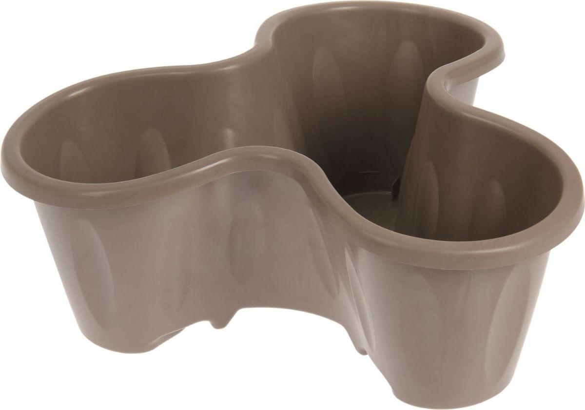 Кашпо ЗАО Пластик, цвет: серый, коричневый, 12 л1464066Любой, даже самый современный и продуманный интерьер будет незавершённым без растений. Они не только очищают воздух и насыщают его кислородом, но и украшают окружающее пространство. Такому полезному члену семьи просто необходим красивый и функциональный дом! Мы предлагаем #name#! Оптимальный выбор материала — пластмасса! Почему мы так считаем?Малый вес. С лёгкостью переносите горшки и кашпо с места на место, ставьте их на столики или полки, не беспокоясь о нагрузке. Простота ухода. Кашпо не нуждается в специальных условиях хранения. Его легко чистить — достаточно просто сполоснуть тёплой водой. Никаких потёртостей. Такие кашпо не царапают и не загрязняют поверхности, на которых стоят. Пластик дольше хранит влагу, а значит, растение реже нуждается в поливе. Пластмасса не пропускает воздух — корневой системе растения не грозят резкие перепады температур. Огромный выбор форм, декора и расцветок — вы без труда найдёте что-то, что идеально впишется в уже существующий интерьер. Соблюдая нехитрые правила ухода, вы можете заметно продлить срок службы горшков и кашпо из пластика:всегда учитывайте размер кроны и корневой системы (при разрастании большое растение способно повредить маленький горшок)берегите изделие от воздействия прямых солнечных лучей, чтобы горшки не выцветалидержите кашпо из пластика подальше от нагревающихся поверхностей. Создавайте прекрасные цветочные композиции, выращивайте рассаду или необычные растения.