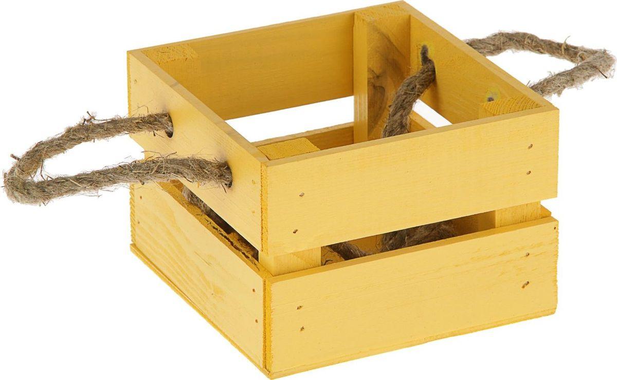 Кашпо Ящик, цвет: желтый, 13 х 12,5 х 9 см1876905Кашпо Ящик - это стильный и необычный элемент для декора дома. Выполненное в деревенском стиле кашпо понравится поклонникам экологичности и натуральности в интерьере.