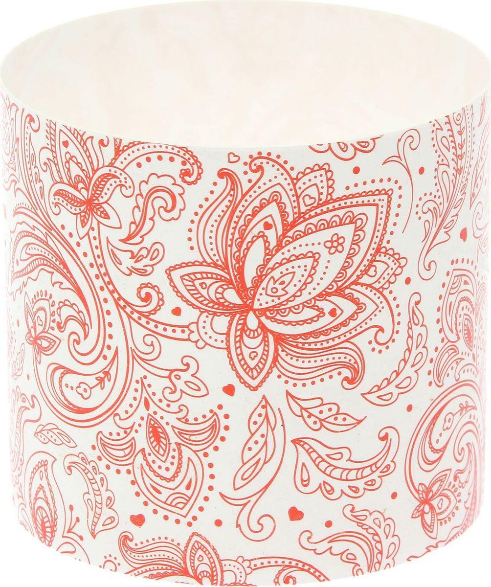 Горшок для цветов Simple Garden Орнамент, со скрытым поддоном, цвет: коралловый, 1,7 л1915370Любой, даже самый современный и продуманный интерьер будет незавершённым без растений. Они не только очищают воздух и насыщают его кислородом, но и украшают окружающее пространство. Такому полезному члену семьи просто необходим красивый и функциональный дом! Мы предлагаем #name#! Оптимальный выбор материала — пластмасса! Почему мы так считаем?Малый вес. С лёгкостью переносите горшки и кашпо с места на место, ставьте их на столики или полки, не беспокоясь о нагрузке. Простота ухода. Кашпо не нуждается в специальных условиях хранения. Его легко чистить — достаточно просто сполоснуть тёплой водой. Никаких потёртостей. Такие кашпо не царапают и не загрязняют поверхности, на которых стоят. Пластик дольше хранит влагу, а значит, растение реже нуждается в поливе. Пластмасса не пропускает воздух — корневой системе растения не грозят резкие перепады температур. Огромный выбор форм, декора и расцветок — вы без труда найдёте что-то, что идеально впишется в уже существующий интерьер. Соблюдая нехитрые правила ухода, вы можете заметно продлить срок службы горшков и кашпо из пластика:всегда учитывайте размер кроны и корневой системы (при разрастании большое растение способно повредить маленький горшок)берегите изделие от воздействия прямых солнечных лучей, чтобы горшки не выцветалидержите кашпо из пластика подальше от нагревающихся поверхностей. Создавайте прекрасные цветочные композиции, выращивайте рассаду или необычные растения.
