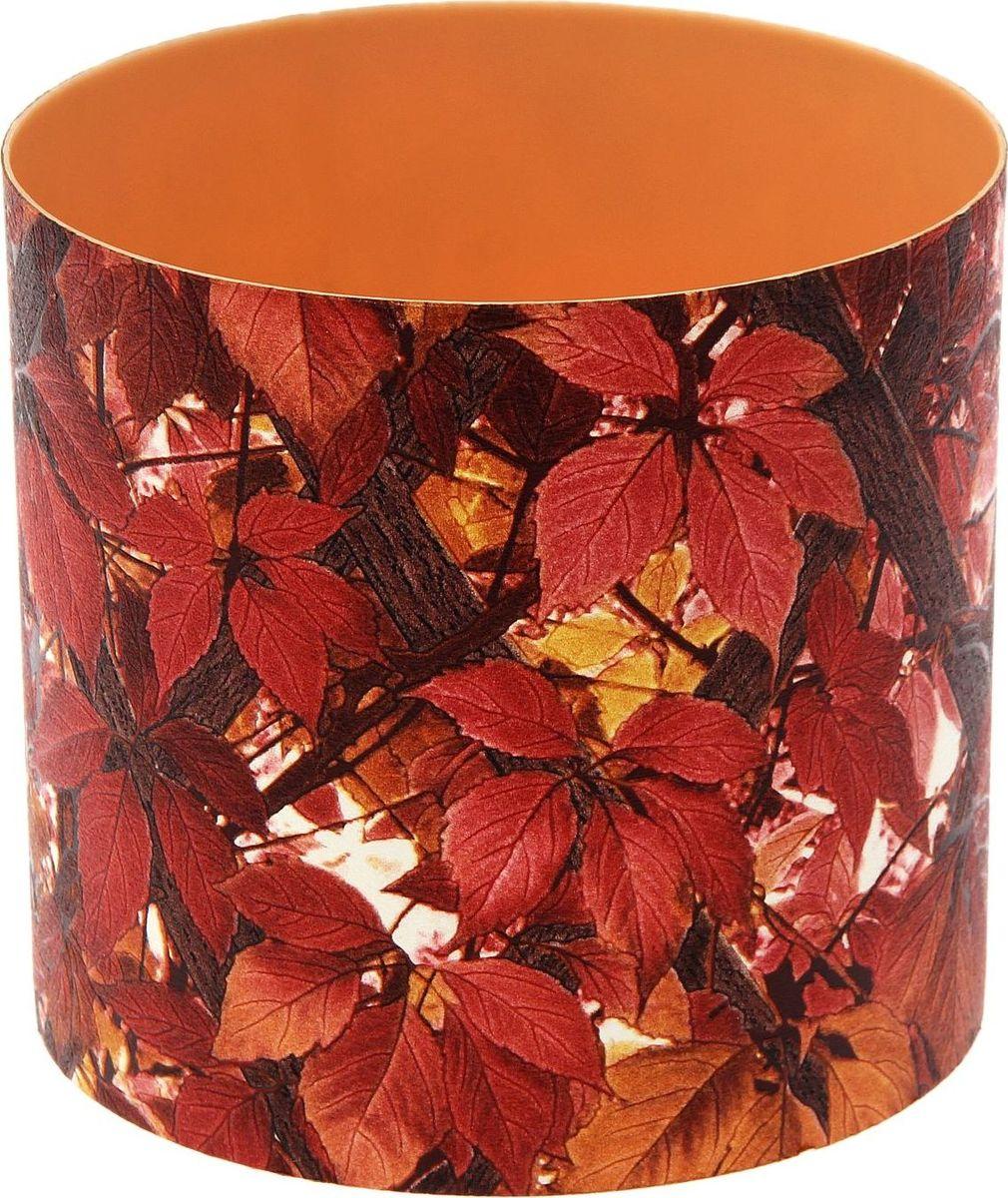 Горшок для цветов Simple Garden Кожа. Осень, со скрытым поддоном, цвет: коричневый, бордовый, 2,8 л1915411Любой, даже самый современный и продуманный интерьер будет незавершенным без растений. Они не только очищают воздух и насыщают его кислородом, но и украшают окружающее пространство. Такому полезному члену семьи просто необходим красивый и функциональный дом, которым может стать горшок для цветов Simple Garden Кожа. Осень! Оптимальный выбор материала - пластмасса! С легкостью переносите горшки и кашпо с места на место, ставьте их на столики или полки, не беспокоясь о нагрузке. Кашпо не нуждается в специальных условиях хранения. Его легко чистить - достаточно просто сполоснуть теплой водой. Никаких потертостей. Такие кашпо не царапают и не загрязняют поверхности, на которых стоят. Пластик дольше хранит влагу, а значит, растение реже нуждается в поливе. Пластмасса не пропускает воздух - корневой системе растения не грозят резкие перепады температур.Создавайте прекрасные цветочные композиции, выращивайте рассаду или необычные растения. Объем: 2,8 л.
