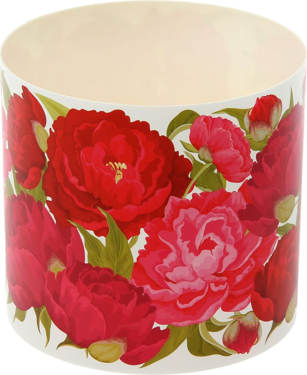 Горшок для цветов Simple Garden Пионы, со скрытым поддоном, 2,8 л1915430Любой, даже самый современный и продуманный интерьер будет незавершённым без растений. Они не только очищают воздух и насыщают его кислородом, но и украшают окружающее пространство. Такому полезному члену семьи просто необходим красивый и функциональный дом! Мы предлагаем #name#! Оптимальный выбор материала — пластмасса! Почему мы так считаем?Малый вес. С лёгкостью переносите горшки и кашпо с места на место, ставьте их на столики или полки, не беспокоясь о нагрузке. Простота ухода. Кашпо не нуждается в специальных условиях хранения. Его легко чистить — достаточно просто сполоснуть тёплой водой. Никаких потёртостей. Такие кашпо не царапают и не загрязняют поверхности, на которых стоят. Пластик дольше хранит влагу, а значит, растение реже нуждается в поливе. Пластмасса не пропускает воздух — корневой системе растения не грозят резкие перепады температур. Огромный выбор форм, декора и расцветок — вы без труда найдёте что-то, что идеально впишется в уже существующий интерьер. Соблюдая нехитрые правила ухода, вы можете заметно продлить срок службы горшков и кашпо из пластика:всегда учитывайте размер кроны и корневой системы (при разрастании большое растение способно повредить маленький горшок)берегите изделие от воздействия прямых солнечных лучей, чтобы горшки не выцветалидержите кашпо из пластика подальше от нагревающихся поверхностей. Создавайте прекрасные цветочные композиции, выращивайте рассаду или необычные растения.