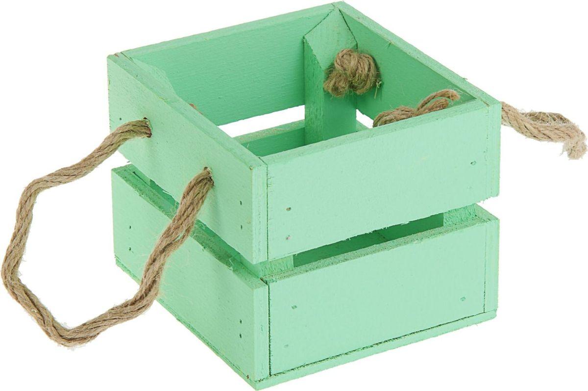Кашпо ТД ДМ Ящик, цвет: зеленый, 11 х 12 х 9 см2219785— сувенир в полном смысле этого слова. И главная его задача — хранить воспоминание о месте, где вы побывали, или о том человеке, который подарил данный предмет. Преподнесите эту вещь своему другу, и она станет достойным украшением его дома.