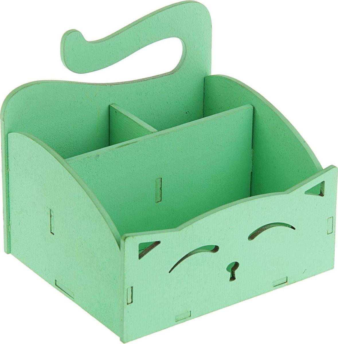 Кашпо ТД ДМ Ящик. Кошечка, цвет: зеленый, 15,4 х 13 х 13,5 см2306632Кашпо Ящик. Кошечка имеет уникальную форму, сочетающуюся как с классическим, так и с современным дизайном интерьера. Оно изготовлено из дерева и предназначено для выращивания растений, цветов и трав в домашних условиях.Кашпо порадует вас функциональностью, а благодаря лаконичному дизайну впишется в любой интерьер помещения. Размеры кашпо: 15,4 х 13 х 13,5 см.