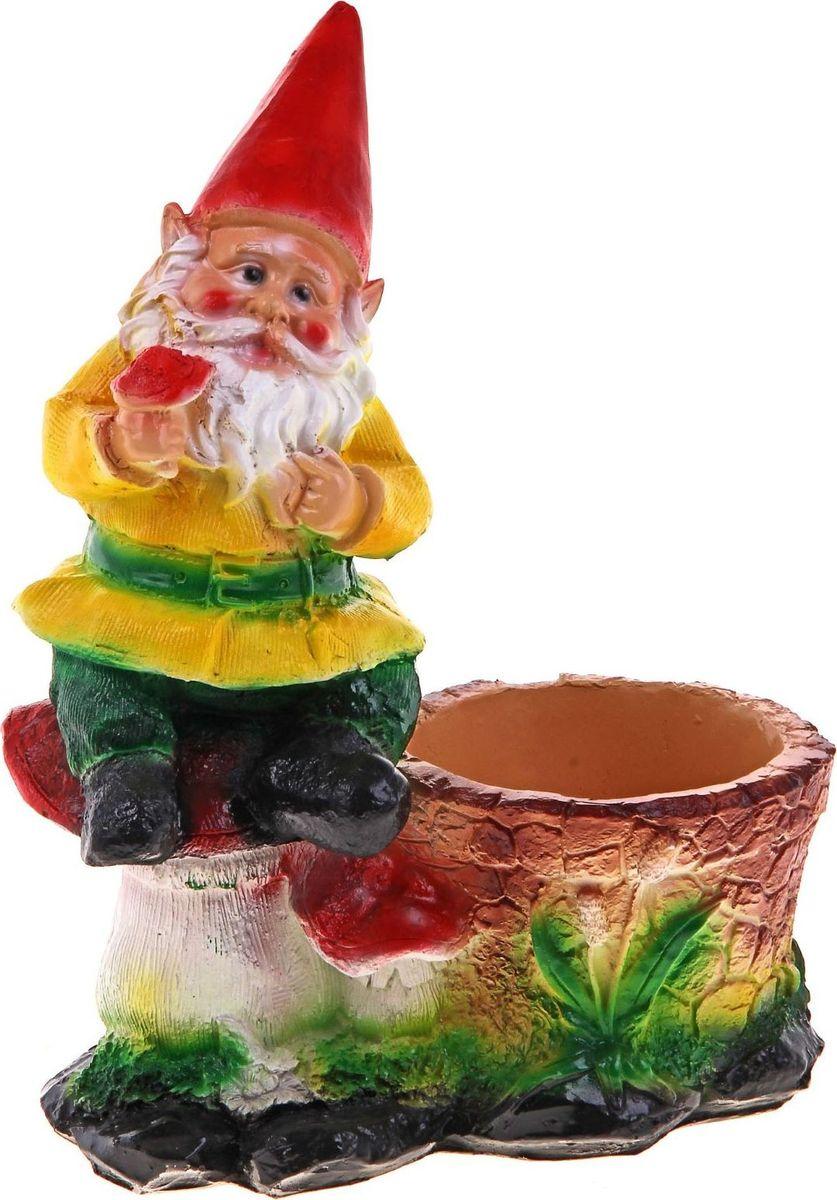 Кашпо Гном на мухоморах, 26 х 15 х 35 см628367Комнатные растения — всеобщие любимцы. Они радуют глаз, насыщают помещение кислородом и украшают пространство. Каждому из растений необходим свой удобный и красивый дом. Поселите зелёного питомца в яркое и оригинальное фигурное кашпо. Выберите подходящую форму для детской, спальни, гостиной, балкона, офиса или террасы. #name# позаботится о растении, украсит окружающее пространство и подчеркнёт его оригинальный стиль.