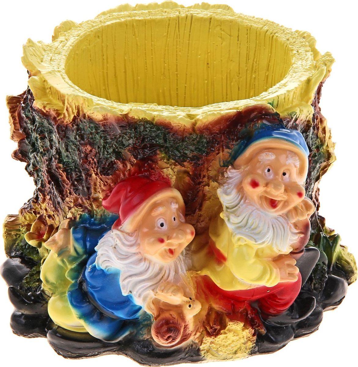 Кашпо Два гнома, 18 х 17 х 12 см628373Комнатные растения — всеобщие любимцы. Они радуют глаз, насыщают помещение кислородом и украшают пространство. Каждому из растений необходим свой удобный и красивый дом. Поселите зелёного питомца в яркое и оригинальное фигурное кашпо. Выберите подходящую форму для детской, спальни, гостиной, балкона, офиса или террасы. #name# позаботится о растении, украсит окружающее пространство и подчеркнёт его оригинальный стиль.