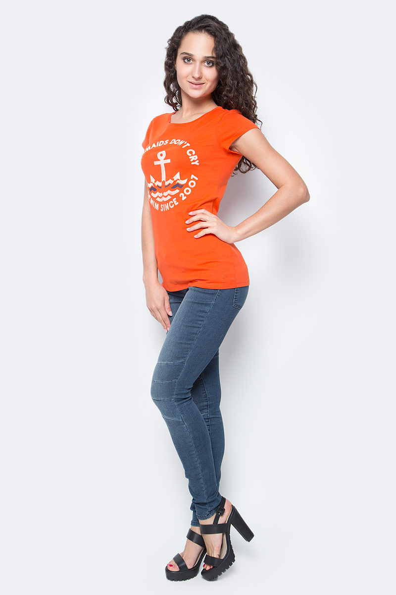 Футболка женская Tom Tailor Denim, цвет: оранжевый. 1037264.01.71_4711. Размер XL (50)1037264.01.71_4711Женская футболка Tom Tailor выполнена из хлопка. Модель с круглым вырезом горловины и короткими стандартными рукавами. Спереди футболка оформлена принтом.