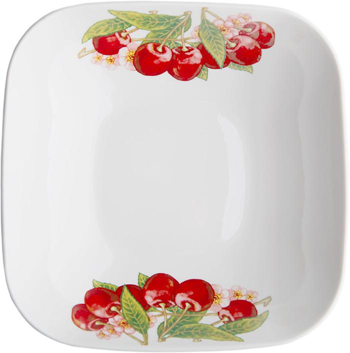 Салатник Дулевский Фарфор Вишня, 1,04 л070752Салатник Дулевский Фарфор выполнен из высококачественного фарфора, покрытого глазурью. Такой салатник отлично подойдет для подачи салатов, закусок, нарезок. Он красиво дополнит сервировку стола и станет полезным приобретением для кухни.