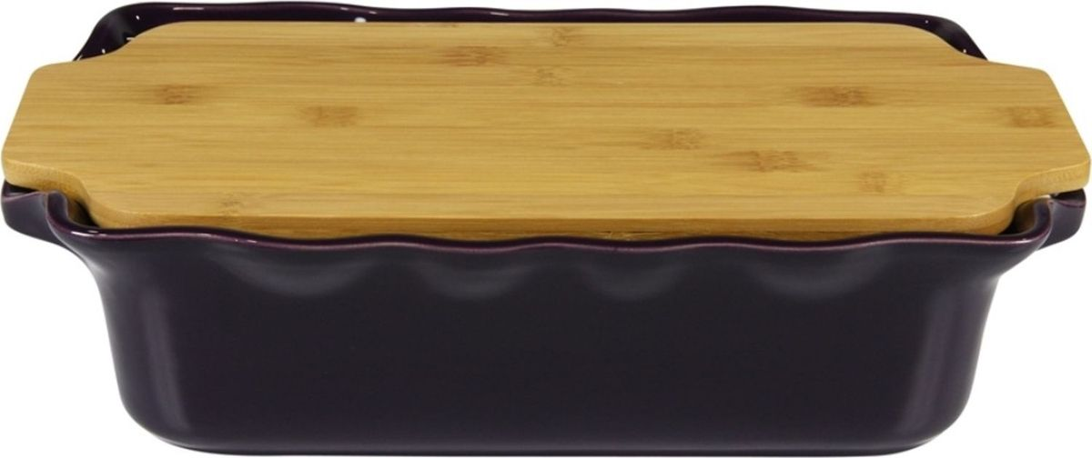 Форма для выпечки Appolia Cook&Stock, прямоугольная, с доской, цвет: баклажановый, 3,7 л131037009Форма для выпечки Appolia Cook&Stock изготовлена из керамики с глазурированным покрытием. Прочная жароустойчивая керамика экологична и изготавливается из высококачественной глины. Прочная глазурь устойчива к растрескиванию и сколам, не содержит свинца и кадмия. Форма удобна при использовании. Закругленные углы облегчают чистку. В комплект входят натуральные крышки из бамбука, которые можно использовать в качестве подставки, крышки и разделочной доски.