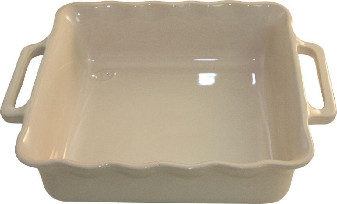 Форма для выпечки Appolia Delices, квадратная, цвет: кремовый, 4,6 л140034506Благодаря большому разнообразию изящных форм и широкой цветовой гамме, коллекция DELICES предлагает всевозможные варианты приготовления блюд для себя и гостей. Выбирайте цвета в соответствии с вашими желаниями и вашей кухне. Закругленные углы облегчают чистку. Легко использовать. Большие удобные ручки. Прочная жароустойчивая керамика экологична и изготавливается из высококачественной глины. Прочная глазурь устойчива к растрескиванию и сколам, не содержит свинца и кадмия. Глина обеспечивает медленный и равномерный нагрев, деликатное приготовление с сохранением всех питательных веществ и витаминов, а та же долго сохраняет тепло, что удобно при сервировке горячих блюд.