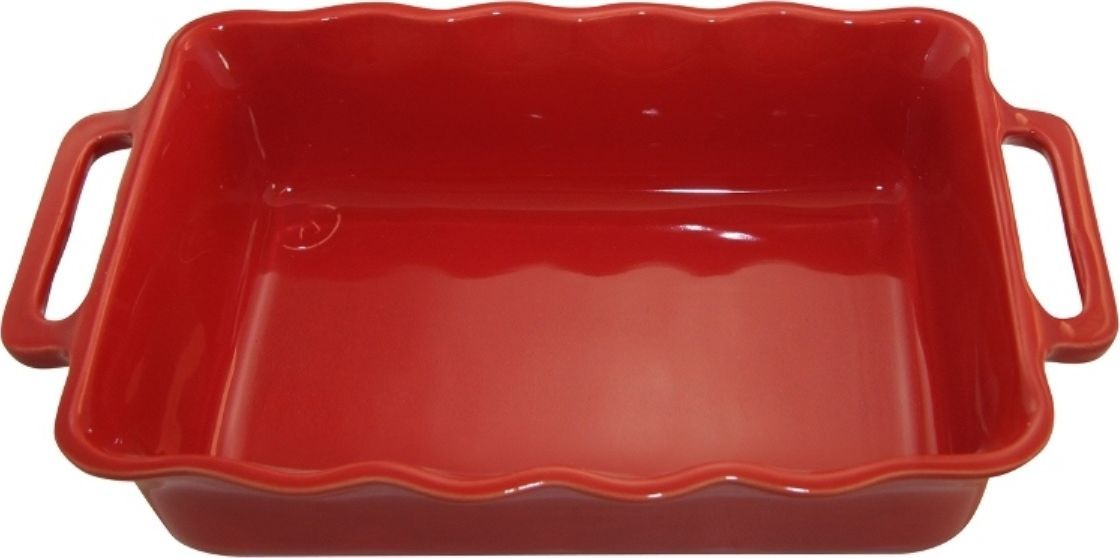 Форма для выпечки Appolia Delices, прямоугольная, цвет: красный, 1,8 л141030520Благодаря большому разнообразию изящных форм и широкой цветовой гамме, коллекция DELICES предлагает всевозможные варианты приготовления блюд для себя и гостей. Выбирайте цвета в соответствии с вашими желаниями и вашей кухне. Закругленные углы облегчают чистку. Легко использовать. Большие удобные ручки. Прочная жароустойчивая керамика экологична и изготавливается из высококачественной глины. Прочная глазурь устойчива к растрескиванию и сколам, не содержит свинца и кадмия. Глина обеспечивает медленный и равномерный нагрев, деликатное приготовление с сохранением всех питательных веществ и витаминов, а та же долго сохраняет тепло, что удобно при сервировке горячих блюд.