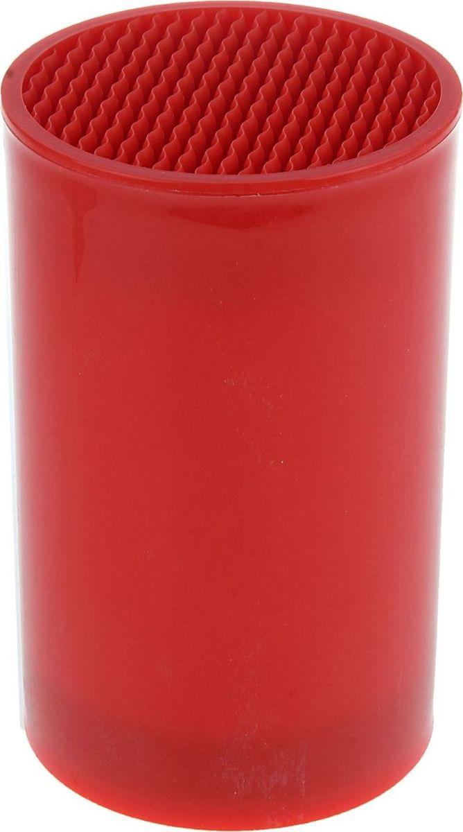 Подставка для ножей Доляна, цвет: красный, 18 х 11 см1007460Подставка для ножей Доляна позволит правильно и скомфортом хранить ваши кухонные ножи. Изделие выполненоиз пластика. Внутри содержится наполнитель - аккуратныепластиковые деления. Подставка безопасна, гигиенична и невпитывает запахи.Подставка подойдет для хранения как керамических, так истальных лезвий. Больше не придется скидывать ножи вобщий посудный ящик, где они будут тупиться о другиестоловые приборы. Подставка идеальна для ножа любойформы и длины. Оптимальный размер подставки позволяетхранить одновременно до 6-ти ножей.Наполнитель не требует особого ухода или специальныхправил хранения. Споласкивайте его под теплой водой помере загрязнения, а затем оставляйте сушиться. Диаметр: 11 см.Высота: 18 см.