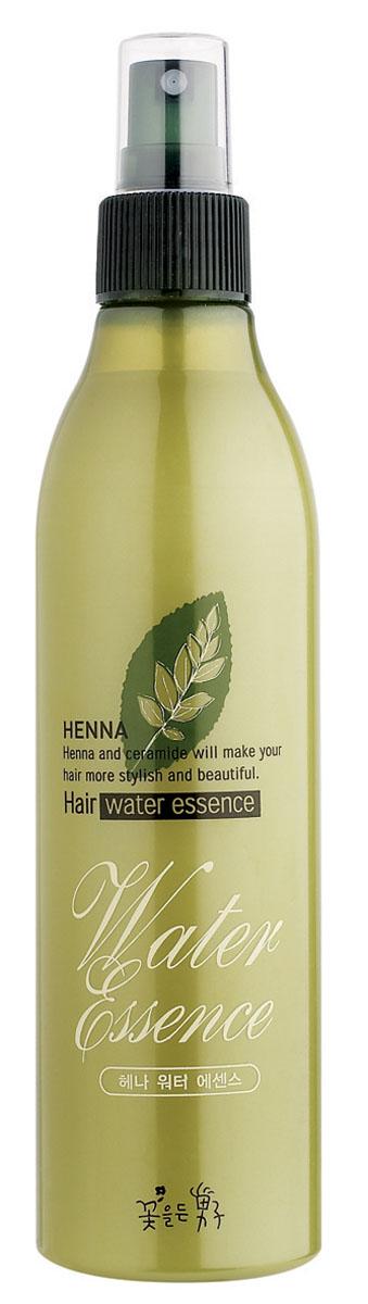Flor de Man Увлажняющая эссенция для укладки волос МФ Хэнна, 300 млBHWE10010Легкая эссенция на основе экстрактов е лавсонии и керамидов помогает вернуть волосам упругость, предотвращает их ломкость и выпадение, придает им сияние и шелковистость. Предотвращает появление секущихся кончиков.