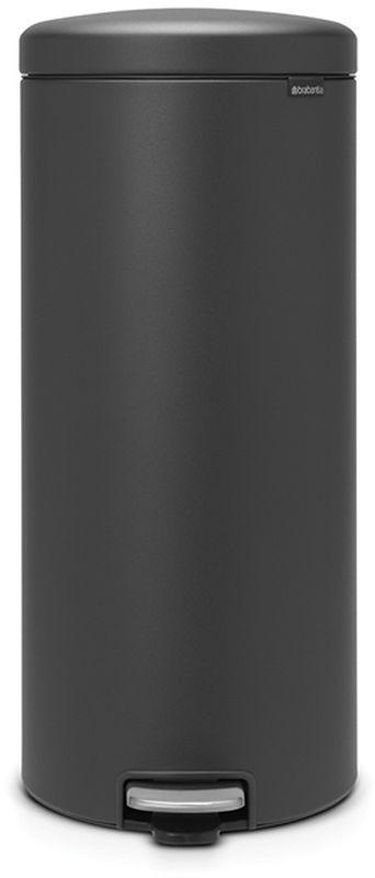 Бак мусорный Brabantia NewIcon, с педалью, цвет: графитовый, с напылением, 30 л. 114663114663Превосходный дизайн - сверкающие минералы.Металлическая педаль подчеркивает индивидуальность стиля.Плавное закрывание и необыкновенно мягкий ход педали.Не пропускающая запах крышка.Надежный долговечный педальный механизм - комфортное использование втечение долгих лет.Противоскользящее основание - отличная устойчивость и защита пола.Легко перемещать - удобная ручка в блоке крепления крышки.Всегда опрятный вид - в комплекте идеально подходящие по размеру мешки длямусора PerfectFit (размер G).Сертификат соответствия концепции регенерации Cradle to Cradle.