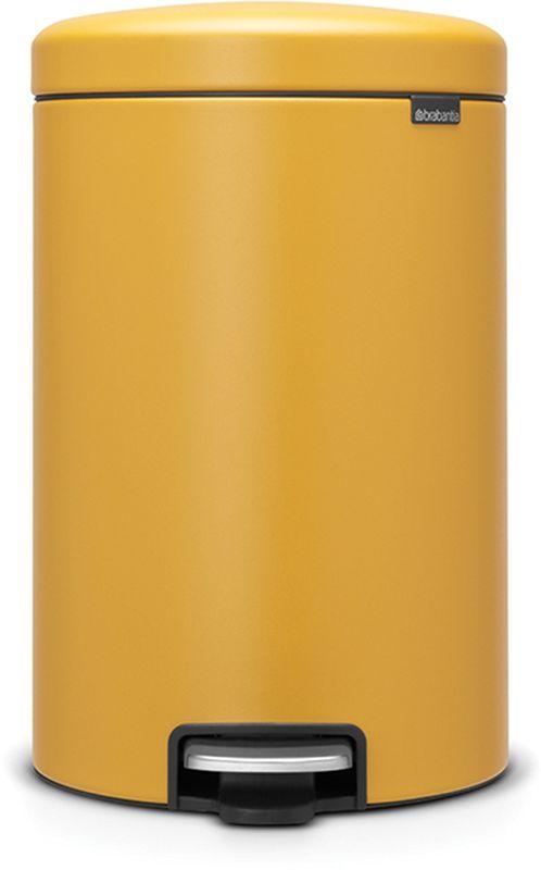 Бак мусорный Brabantia NewIcon, с педалью, цвет: горчично-желтый, с напылением, 20 л. 115943115943Коллекция Sense of Luxury. Превосходный дизайн - сверкающие минералы. Металлическая педаль подчеркивает индивидуальность стиля. Плавное закрывание и необыкновенно мягкий ход педали. Не пропускающая запах крышка. Надежный долговечный педальный механизм - комфортное использование в течение долгих лет. Противоскользящее основание - отличная устойчивость и защита пола. Легко перемещать - удобная ручка в блоке крепления крышки. Всегда опрятный вид - в комплекте идеально подходящие по размеру мешки для мусора PerfectFit (размер D). Сертификат соответствия концепции регенерации Cradle to Cradle.