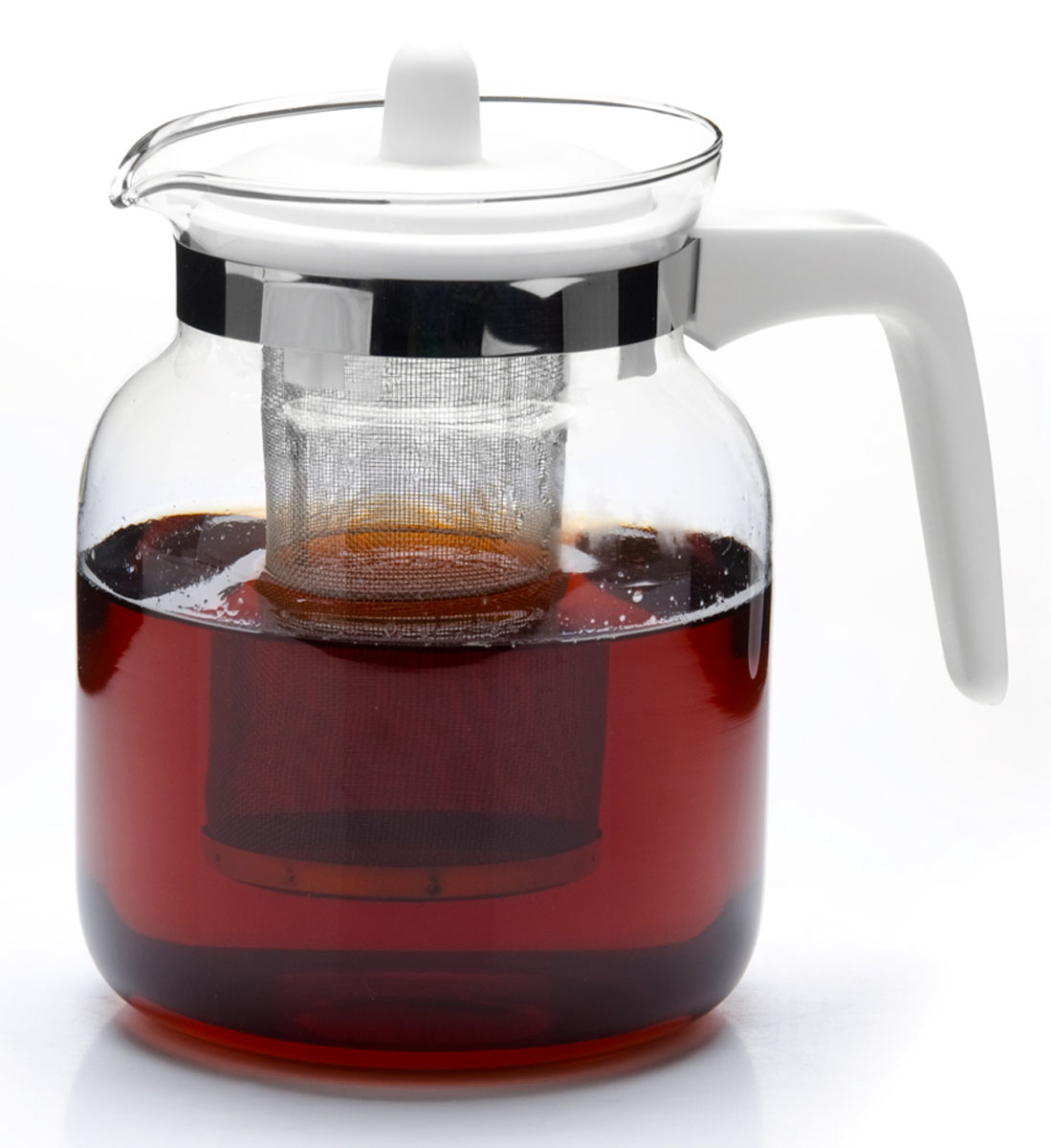 Чайник заварочный Mayer & Boch, 1,45 л. 26808-326808-3Заварочный чайник Mayer & Boch изготовлен из термостойкого боросиликатного стекла, фильтр выполнен из нержавеющей стали. Изделия из стекла не впитывают запахи, благодаря чему вы всегда получите натуральный, насыщенный вкус и аромат напитков.Заварочный чайник из стекла удобно использовать для повседневного заваривания чая практически любого сорта. Но цветочные, фруктовые, красные и желтые сорта чая лучше других раскрывают свой вкус и аромат при заваривании именно в стеклянных чайниках, а также сохраняют все полезные ферменты и витамины, содержащиеся в чайных листах. Стальной фильтр гарантирует прозрачность и чистоту напитка от чайных листьев, при этом сохранив букет и насыщенность чая. Прозрачные стенки чайника дают возможность насладиться насыщенным цветом заваренного чая.Изящный заварочный чайник Mayer & Boch будет прекрасно смотреться в любом интерьере.Подходит для мытья в посудомоечной машине.