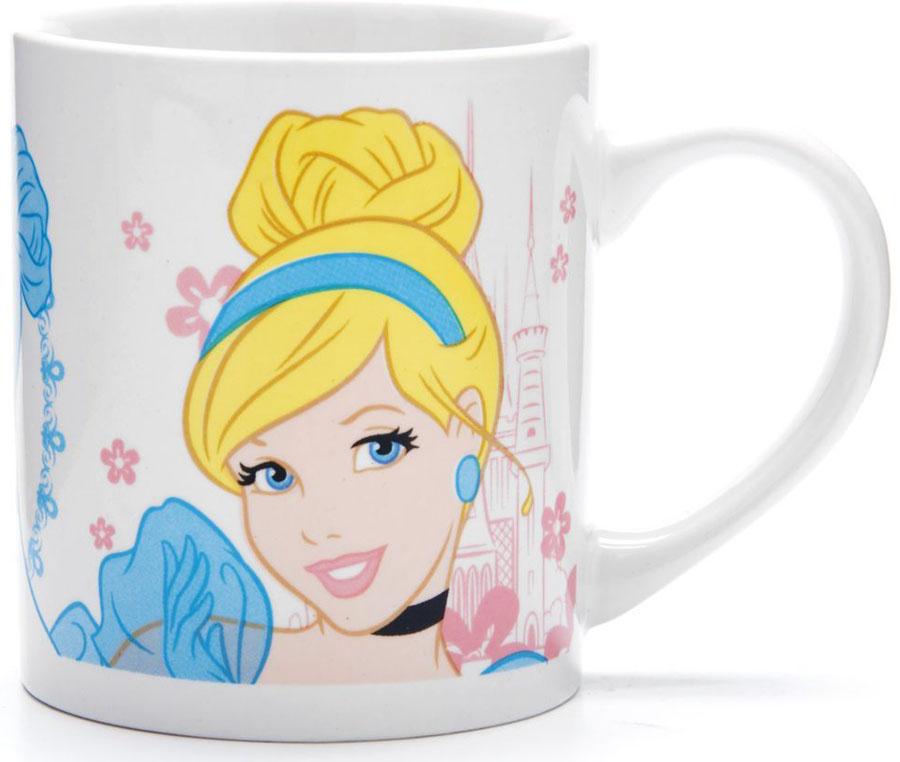 Кружка Disney Золушка, 220 мл. 2700727007Кружка DISNEY, выполненный из высококачественной керамики и декорированы красочным рисунком. Такая кружка обязательно понравится вашему ребенку, потому что теперь у него будет своя собственная посуда с изображением героев популярных мультиков. Кружка DISNEY - идеальный подарок для вашего ребенка. Кружка упакована в красочную, подарочную упаковку. Подходит для мытья в посудомоечной машине.