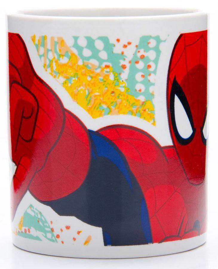 Кружка Marvel Человек паук, 220 мл. 2701027010Кружка MARVEL, выполненный из высококачественной керамики и декорированы красочным рисунком. Такая кружка обязательно понравится вашему ребенку, потому что теперь у него будет своя собственная посуда с изображением героев популярных мультиков. Кружка MARVEL - идеальный подарок для вашего ребенка. Кружка упакована в красочную, подарочную упаковку. Подходит для мытья в посудомоечной машине.