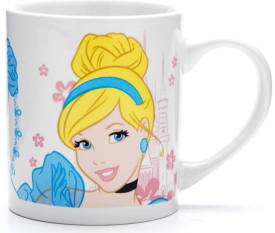 Кружка Disney Золушка, 315 мл.2701627016Кружка DISNEY, выполненный из высококачественной керамики и декорированы красочным рисунком. Такая кружка обязательно понравится вашему ребенку, потому что теперь у него будет своя собственная посуда с изображением героев популярных мультиков. Кружка DISNEY - идеальный подарок для вашего ребенка. Подходит для мытья в посудомоечной машине.