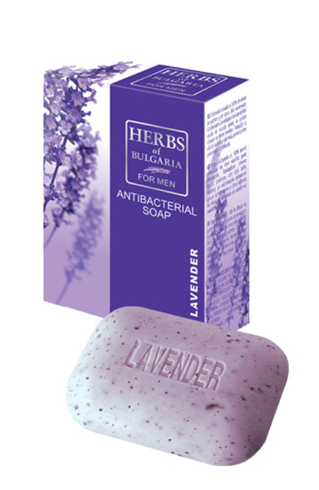 Herbs of Bulgaria Lavender Мыло для мужчин, 100 г63238Натуральная формула со 100% содержанием растительных пальмовых и кокосовых масел, без консервантов. Содержит нежно эксфолиирующие частицы сухих цветков лаванды с благотворным и релаксирующим ароматом. Мыло для мужчин обогащено маслом лаванды и глицерином, подходит для деликатной и чувствительной кожи. Натуральная формула без консервантов. Нежные отшелушивающие частицы сухих цветков лаванды обеспечивают удаление мертвых клеток и придают благотворный и расслабляющий аромат.